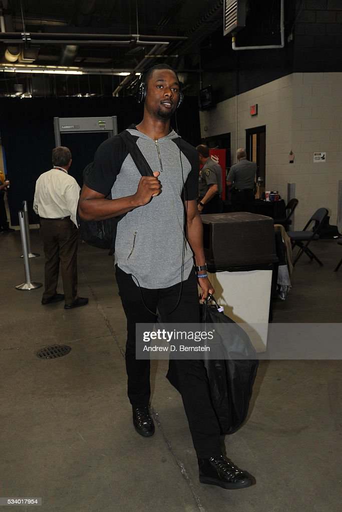 <a gi-track='captionPersonalityLinkClicked' href=/galleries/search?phrase=Harrison+Barnes&family=editorial&specificpeople=6893973 ng-click='$event.stopPropagation()'>Harrison Barnes</a> #40 of the Golden State Warriors before facing the Oklahoma City Thunder for Game Four of the Western Conference Finals during the 2016 NBA Playoffs on May 24, 2016 at Chesapeake Energy Arena in Oklahoma City, Oklahoma.