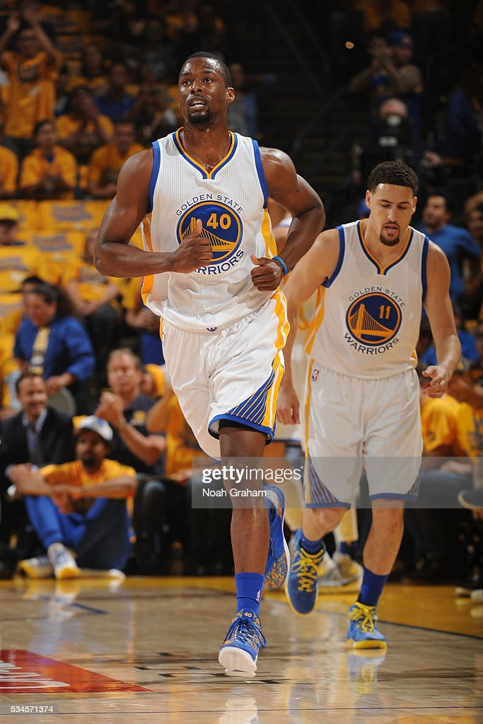 <a gi-track='captionPersonalityLinkClicked' href=/galleries/search?phrase=Harrison+Barnes&family=editorial&specificpeople=6893973 ng-click='$event.stopPropagation()'>Harrison Barnes</a> #40 of the Golden State Warriors runs up court against the Oklahoma City Thunder during Game Five of the Western Conference Finals during the 2016 NBA Playoffs on May 26, 2016 at ORACLE Arena in Oakland, California.