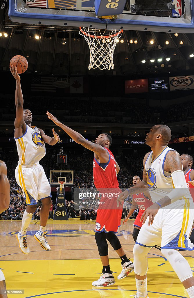 <a gi-track='captionPersonalityLinkClicked' href=/galleries/search?phrase=Harrison+Barnes&family=editorial&specificpeople=6893973 ng-click='$event.stopPropagation()'>Harrison Barnes</a> #40 of the Golden State Warriors shoots against <a gi-track='captionPersonalityLinkClicked' href=/galleries/search?phrase=Arnett+Moultrie&family=editorial&specificpeople=5759676 ng-click='$event.stopPropagation()'>Arnett Moultrie</a> #5 of the Philadelphia 76ers on February 10, 2014 at Oracle Arena in Oakland, California.
