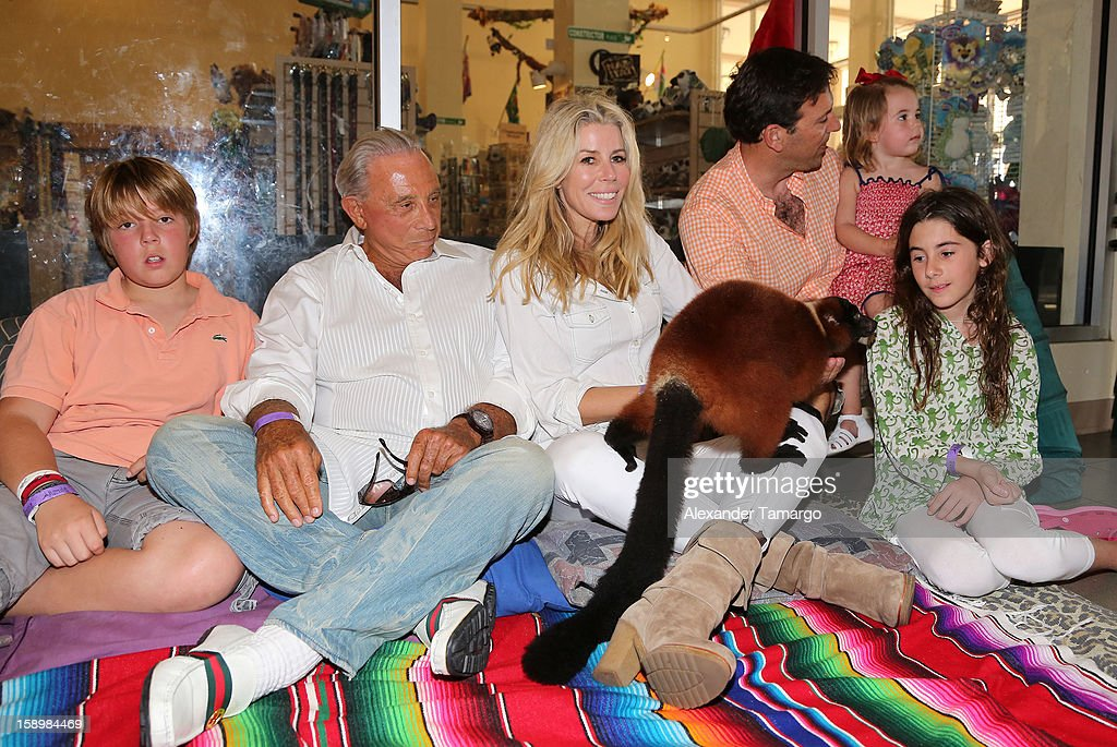 Harrison Drescher, George Teichner, Aviva Drescher, Hudson Drescher, Sienna Drescher, Reid Drescher and Veronica Drescher are seen during the Jungle Island VIP Safari Tour at Jungle Island on January 4, 2013 in Miami, Florida.