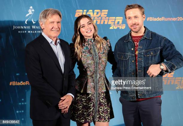 Harrison Ford Ana de Armas and Ryan Gosling pose for the 'Blade Runner 2049' photocall at Villa Magna hotel on September 19 2017 in Madrid Spain