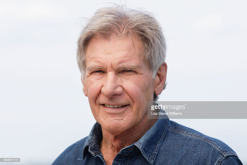 Harrison Ford poses fo...