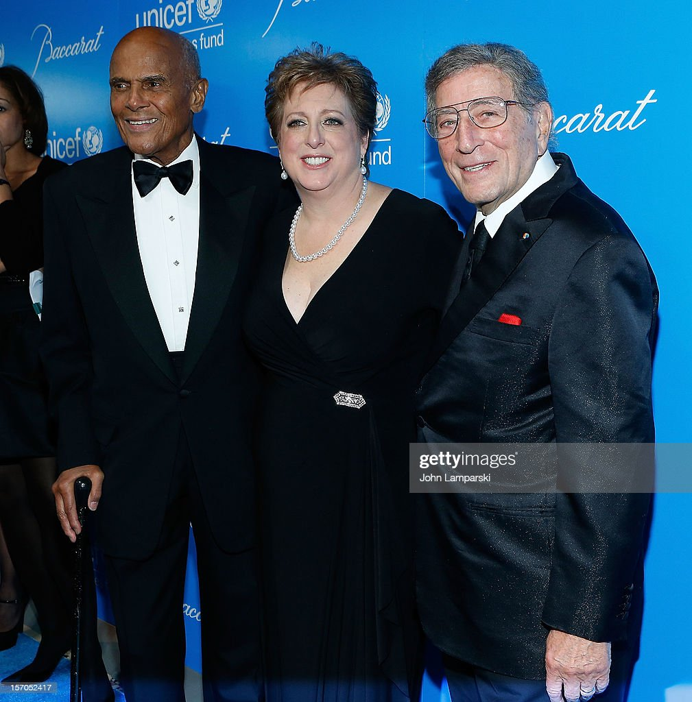 <a gi-track='captionPersonalityLinkClicked' href=/galleries/search?phrase=Harry+Belafonte&family=editorial&specificpeople=204214 ng-click='$event.stopPropagation()'>Harry Belafonte</a> ,<a gi-track='captionPersonalityLinkClicked' href=/galleries/search?phrase=Caryl+Stern&family=editorial&specificpeople=4205668 ng-click='$event.stopPropagation()'>Caryl Stern</a> and <a gi-track='captionPersonalityLinkClicked' href=/galleries/search?phrase=Tony+Bennett+-+Singer&family=editorial&specificpeople=160951 ng-click='$event.stopPropagation()'>Tony Bennett</a> attends the UNICEF Snowflake Ball 2012 at Cipriani 42nd Street on November 27, 2012 in New York City.