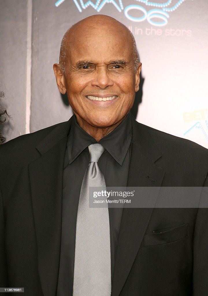 Harry Belafonte during 2006 BET Awards - Arrivals at The Shrine in Los Angeles, California, United States.