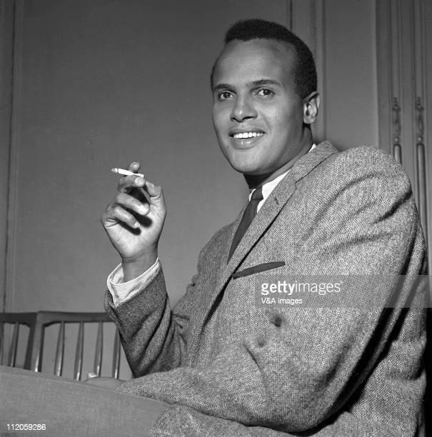 Harry Belafonte posed backstage 1957