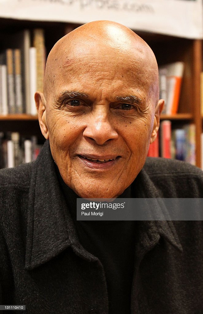 <a gi-track='captionPersonalityLinkClicked' href=/galleries/search?phrase=Harry+Belafonte&family=editorial&specificpeople=204214 ng-click='$event.stopPropagation()'>Harry Belafonte</a> poses at the promotion of his new book 'My Song: A Memoir' at Politics & Prose Bookstore on November 1, 2011 in Washington City.