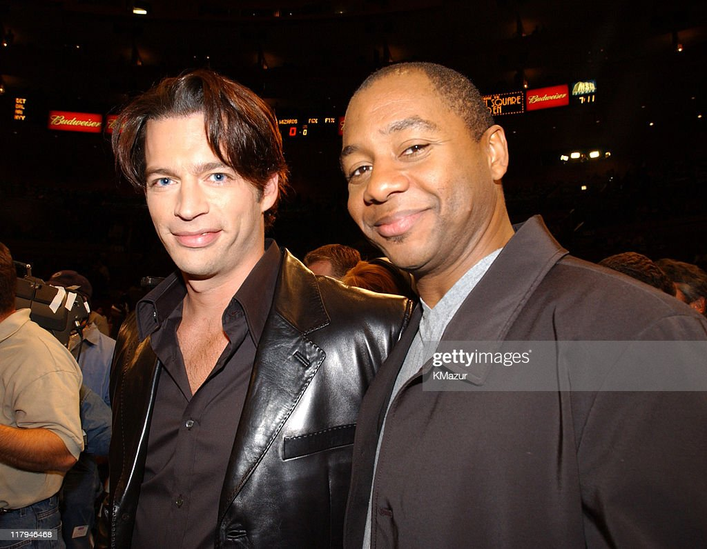 <a gi-track='captionPersonalityLinkClicked' href=/galleries/search?phrase=Harry+Connick+Jr&family=editorial&specificpeople=211285 ng-click='$event.stopPropagation()'>Harry Connick Jr</a>. performed America The Beautiful with musical accompaniment from <a gi-track='captionPersonalityLinkClicked' href=/galleries/search?phrase=Branford+Marsalis&family=editorial&specificpeople=212811 ng-click='$event.stopPropagation()'>Branford Marsalis</a>.