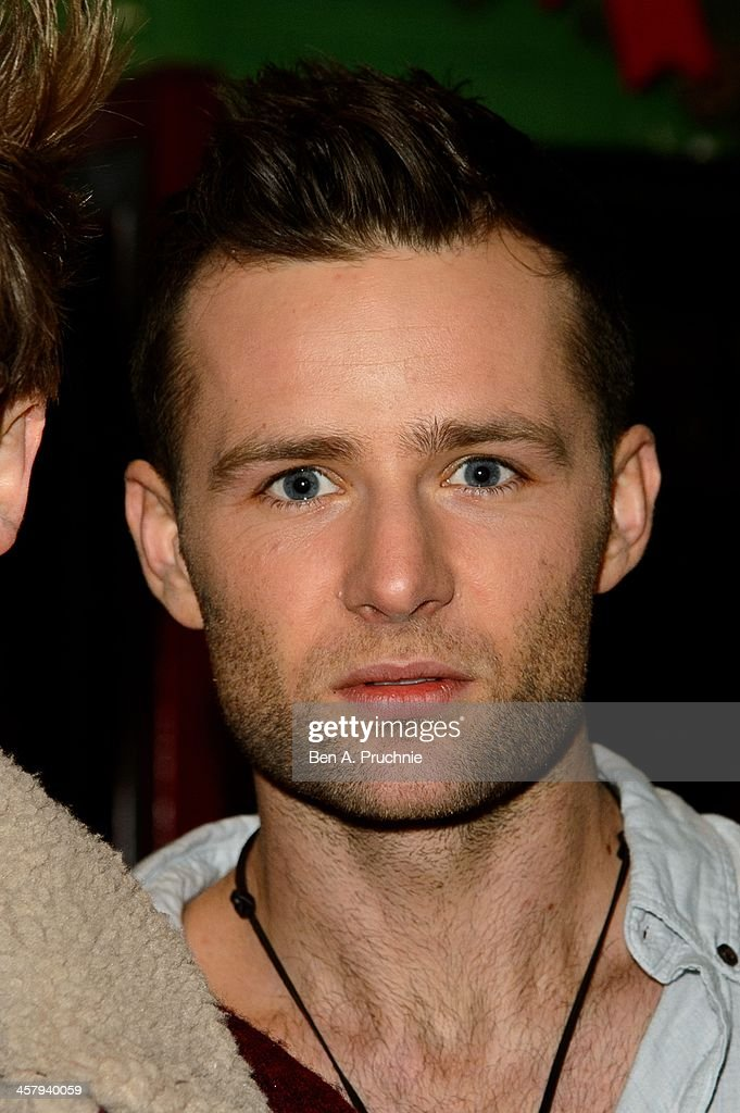 <a gi-track='captionPersonalityLinkClicked' href=/galleries/search?phrase=Harry+Judd&family=editorial&specificpeople=207089 ng-click='$event.stopPropagation()'>Harry Judd</a> attends the press night for 'Wicked' at Apollo Victoria Theatre on December 19, 2013 in London, England.