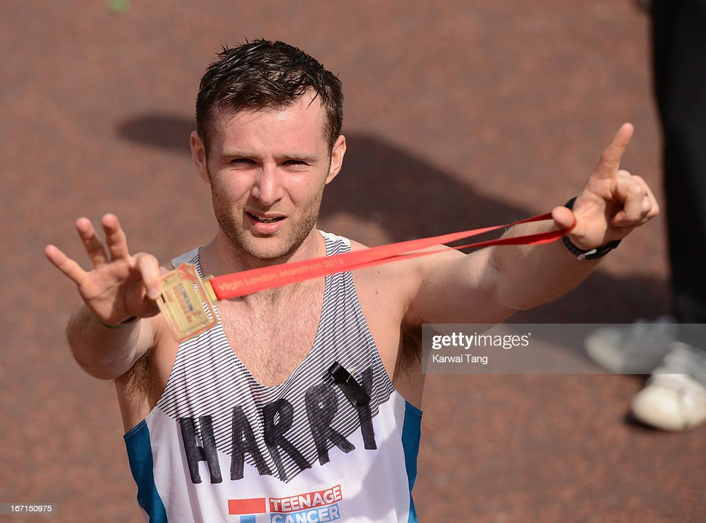 <a gi-track='captionPersonalityLinkClicked' href=/galleries/search?phrase=Harry+Judd&family=editorial&specificpeople=207089 ng-click='$event.stopPropagation()'>Harry Judd</a> takes part in the Virgin London Marathon on April 21, 2013 in London, England.
