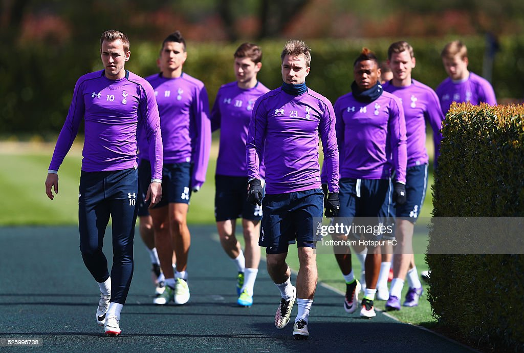 <a gi-track='captionPersonalityLinkClicked' href=/galleries/search?phrase=Harry+Kane+-+Soccer+Player&family=editorial&specificpeople=13636610 ng-click='$event.stopPropagation()'>Harry Kane</a> and <a gi-track='captionPersonalityLinkClicked' href=/galleries/search?phrase=Christian+Eriksen&family=editorial&specificpeople=6757192 ng-click='$event.stopPropagation()'>Christian Eriksen</a> of Tottenham Hotspur walk out with team mates during a training session at the club's training ground on April 29, 2016 in Enfield, England.