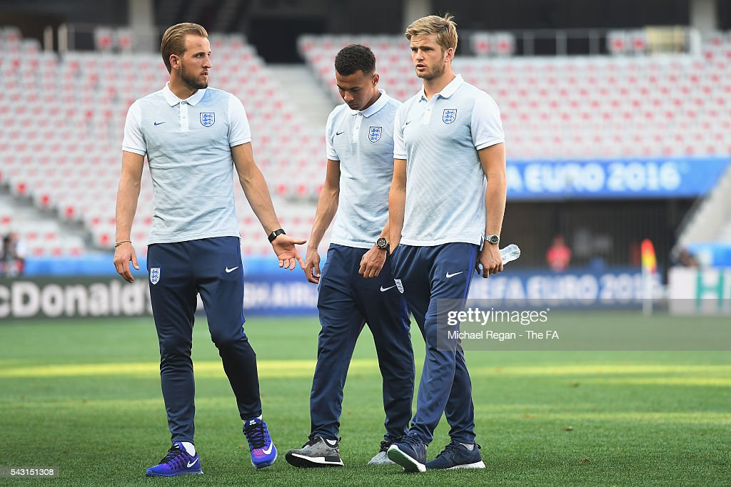 <a gi-track='captionPersonalityLinkClicked' href=/galleries/search?phrase=Harry+Kane+-+Soccer+Player&family=editorial&specificpeople=13636610 ng-click='$event.stopPropagation()'>Harry Kane</a>, Deli Alli and <a gi-track='captionPersonalityLinkClicked' href=/galleries/search?phrase=Eric+Dier&family=editorial&specificpeople=9440610 ng-click='$event.stopPropagation()'>Eric Dier</a> look on as the England team inspect the pitch at the Allianz Riviera Stadium on June 26, 2016 in Nice, France.