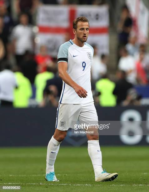 Harry Kane of England reacts at full time during the international Friendly match between France and England at Stade de France on June 13 2017 in...