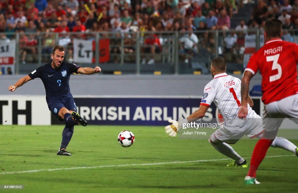 Harry Kane of England scores their first goal past Andrew Hogg of Malta during the FIFA 2018 World Cup Qualifier between Malta and England at Ta'Qali National Stadium on September 1, 2017 in Valletta, Malta.