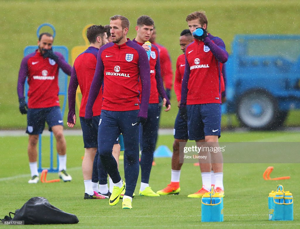Harry Kane of England warms up during the England training session at Manchester City Football Academy on May 25, 2016 in Manchester, England.