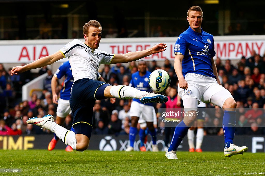 Harry Kane of Spurs shoots at goal during the Barclays Premier League match between Tottenham Hotspur and Leicester City at White Hart Lane on March 21, 2015 in London, England.