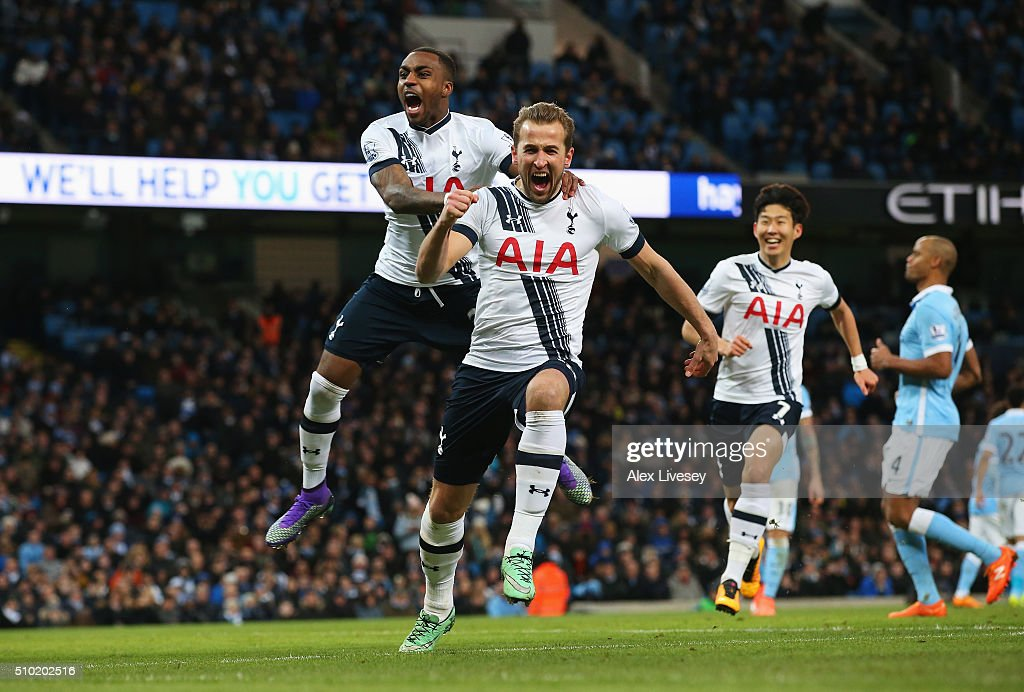 <a gi-track='captionPersonalityLinkClicked' href=/galleries/search?phrase=Harry+Kane+-+Soccer+Player&family=editorial&specificpeople=13636610 ng-click='$event.stopPropagation()'>Harry Kane</a> of Tottenham Hotspur celebrates scoring his penalty with <a gi-track='captionPersonalityLinkClicked' href=/galleries/search?phrase=Danny+Rose+-+Soccer+Left+Back+-+born+1990&family=editorial&specificpeople=11649918 ng-click='$event.stopPropagation()'>Danny Rose</a> during the Barclays Premier League match between Manchester City and Tottenham Hotspur at Etihad Stadium on February 14, 2016 in Manchester, England.