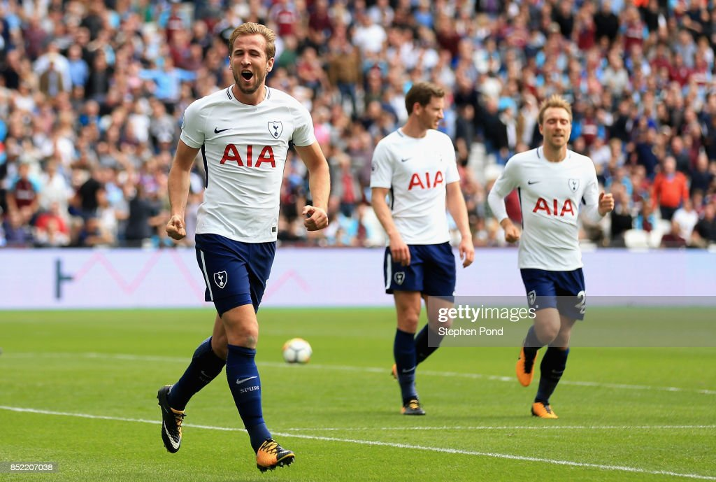 Harry Kane of Tottenham Hotspur celebrates scoring his sides first goal during the Premier League match between West Ham United and Tottenham Hotspur at London Stadium on September 23, 2017 in London, England.