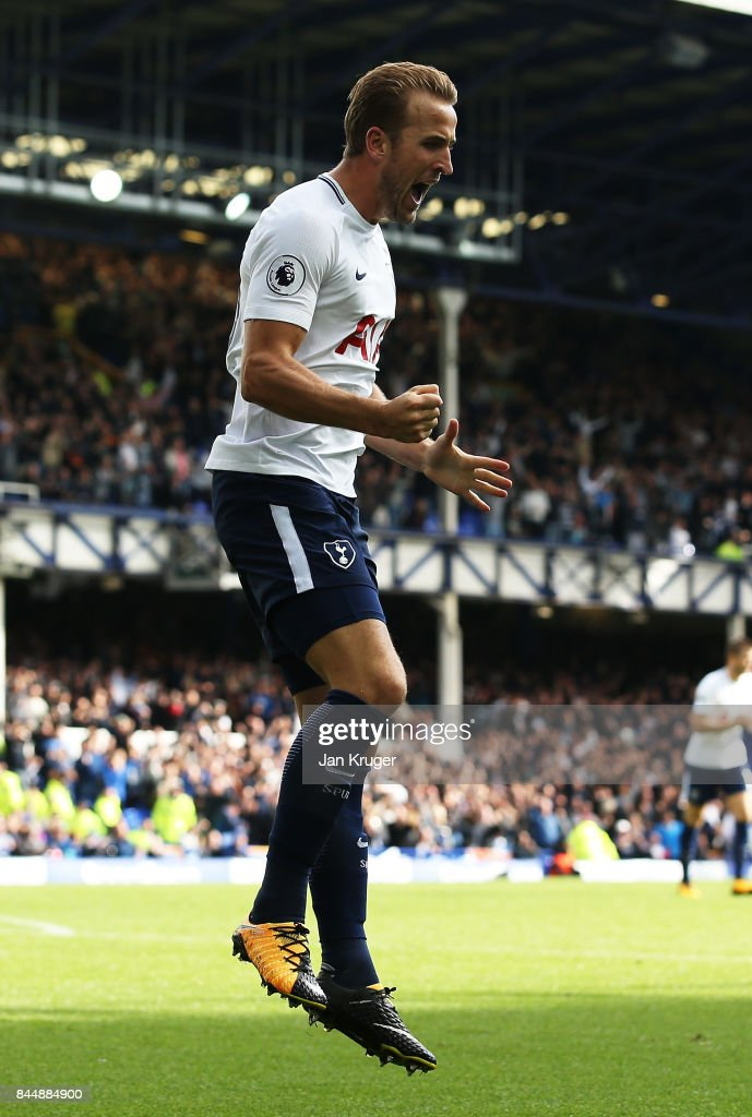 Harry Kane of Tottenham Hotspur celebrates scoring his sides third goal during the Premier League match between Everton and Tottenham Hotspur at Goodison Park on September 9, 2017 in Liverpool, England.