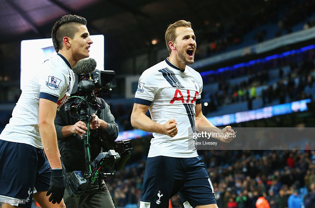 <a gi-track='captionPersonalityLinkClicked' href=/galleries/search?phrase=Harry+Kane+-+Soccer+Player&family=editorial&specificpeople=13636610 ng-click='$event.stopPropagation()'>Harry Kane</a> of Tottenham Hotspur celebrates victory after the Barclays Premier League match between Manchester City and Tottenham Hotspur at Etihad Stadium on February 14, 2016 in Manchester, England.