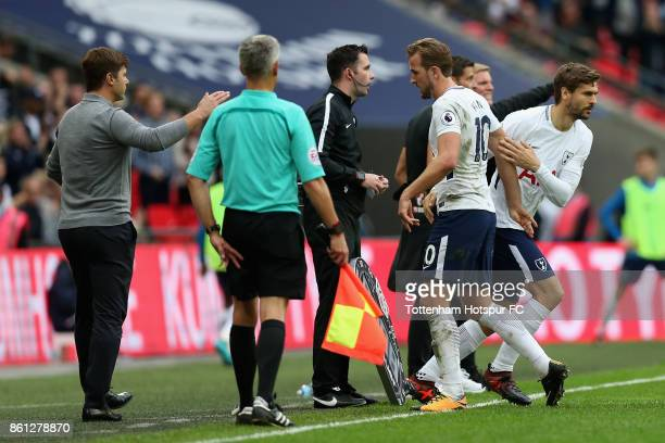 Harry Kane of Tottenham Hotspur is substituted for Fernando Llorente during the Premier League match between Tottenham Hotspur and AFC Bournemouth at...