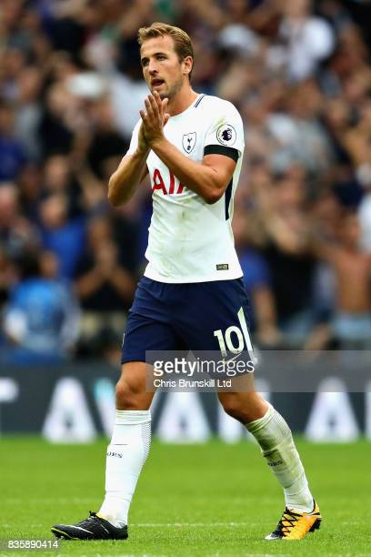 Harry Kane of Tottenham Hotspur looks dejected after the Premier League match between Tottenham Hotspur and Chelsea at Wembley Stadium on August 20...