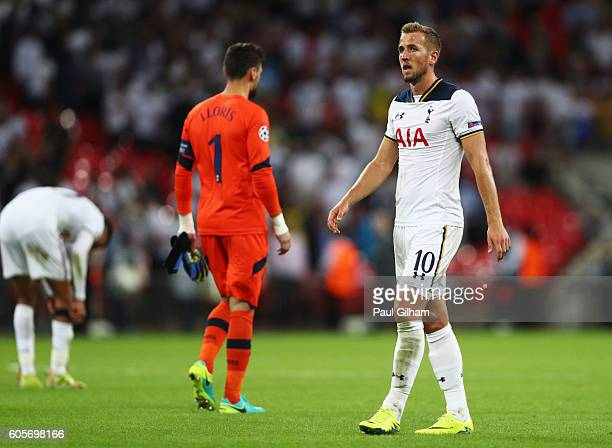 Harry Kane of Tottenham Hotspur looks dejected during the UEFA Champions League match between Tottenham Hotspur FC and AS Monaco FC at Wembley...