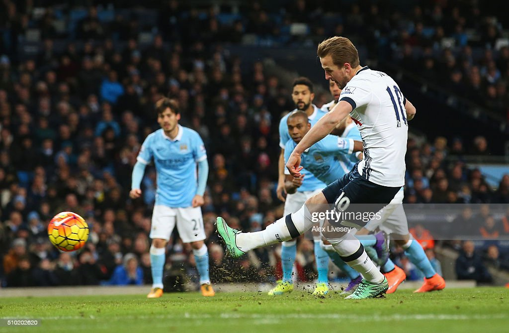<a gi-track='captionPersonalityLinkClicked' href=/galleries/search?phrase=Harry+Kane+-+Soccer+Player&family=editorial&specificpeople=13636610 ng-click='$event.stopPropagation()'>Harry Kane</a> of Tottenham Hotspur scores from the penalty spot during the Barclays Premier League match between Manchester City and Tottenham Hotspur at Etihad Stadium on February 14, 2016 in Manchester, England.