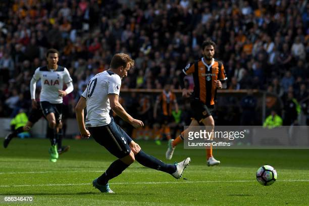 Harry Kane of Tottenham Hotspur scores his sides fifth goal during the Premier League match between Hull City and Tottenham Hotspur at the KC Stadium...