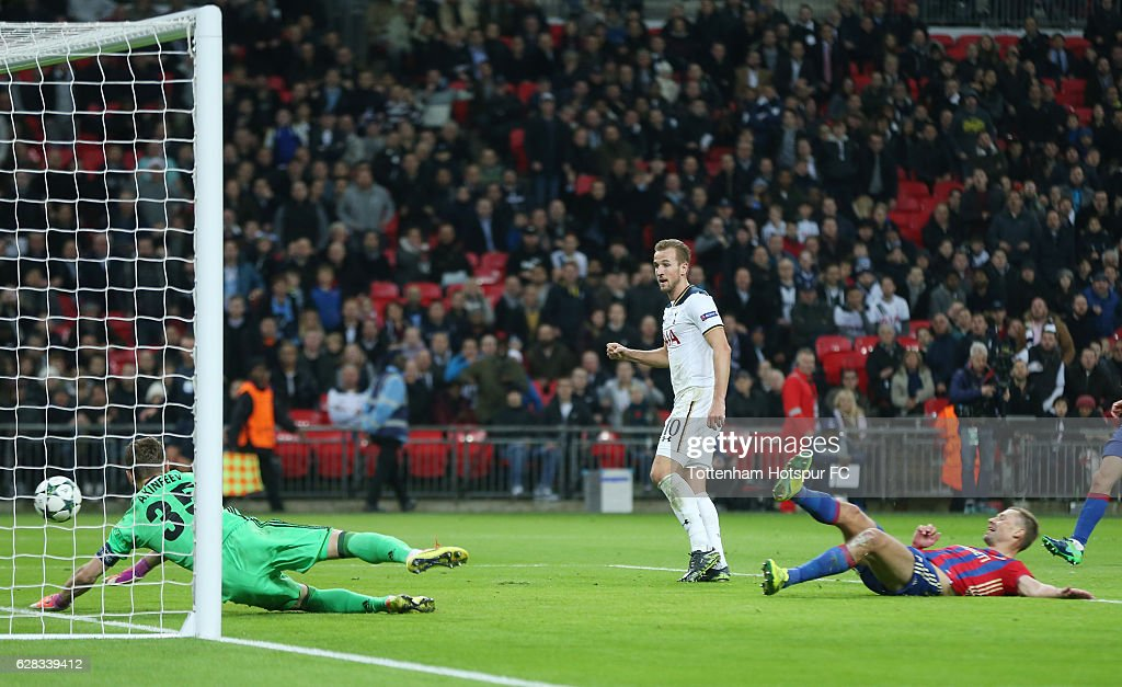 Harry Kane of Tottenham Hotspur scores his sides second goal during the UEFA Champions League Group E match between Tottenham Hotspur FC and PFC CSKA Moskva at Wembley Stadium on December 7, 2016 in London, England.