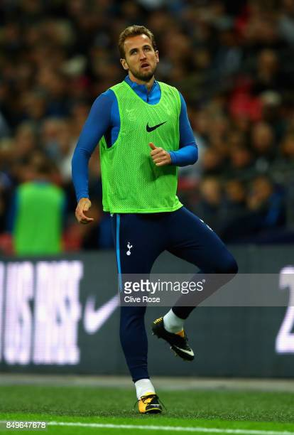 Harry Kane of Tottenham Hotspur warms up during the Carabao Cup Third Round match between Tottenham Hotspur and Barnsley at Wembley Stadium on...