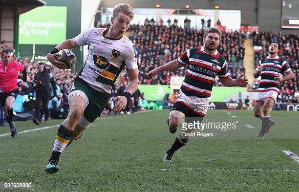 Harry Mallinder of Northampton breaks clear for a try during the AngloWelsh Cup match between Leicester Tigers and Northampton Saints at Welford Road...