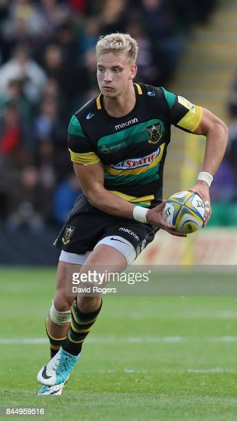 Harry Mallinder of Northampton breaks with the ball during the Aviva Premiership match between Northampton Saints and Leicester Tigers at Franklin's...