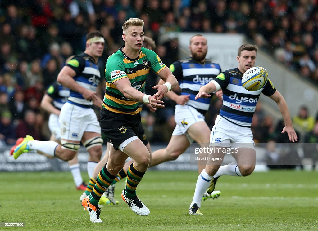 Harry Mallinder of Northampton passes the ball during the Aviva Premiership match between Northampton Saints and Bath at Franklin's Gardens on April 30, 2016 in Northampton, England.