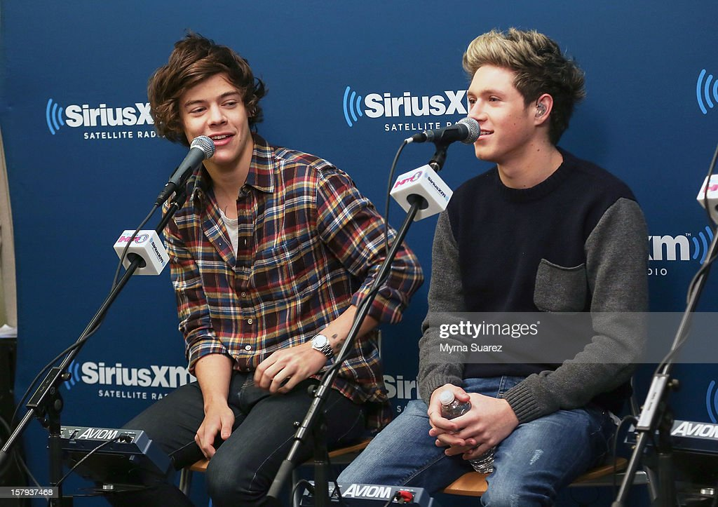 Harry Styles and Niall Horan of One Direction perform at SiriusXM's 'Artist Confidential' Series at SiriusXM Studios on December 7, 2012 in New York City.