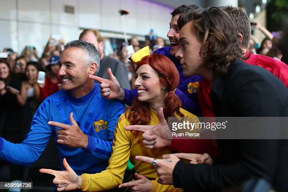 Harry Styles from One Direction poses with The Wiggles at the 28th Annual ARIA Awards 2014 at the Star on November 26 2014 in Sydney Australia