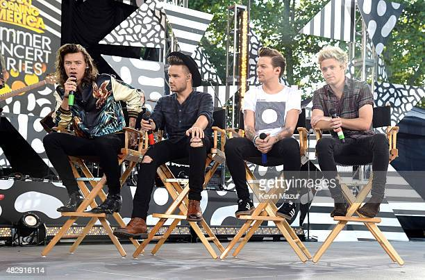 Harry Styles Liam Payne Louis Tomlinson and Niall Horan of One Direction pose onstage during ABC's 'Good Morning America' at Rumsey Playfield Central...