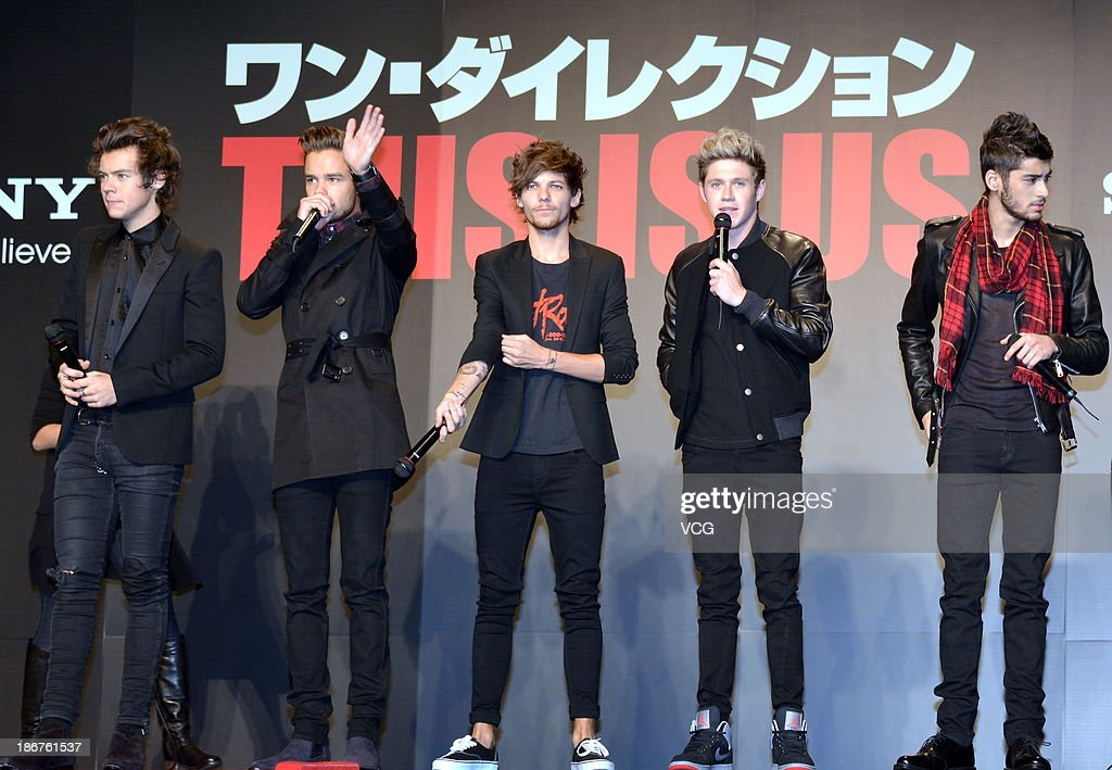 Harry Styles, Liam Payne, Louis Tomlinson, Niall Horan and Zayn Malik of One Direction meet Japanese fans to promote 'The 1Derland: THIS IS US' on November 3, 2013 in Chiba, Japan.
