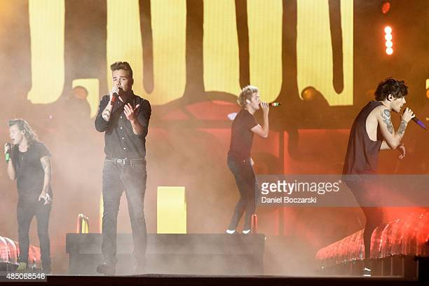 Harry Styles Liam Payne Niall Horan and Louis Tomlinson of One Direction perform at Soldier Field on August 23 2015 in Chicago Illinois