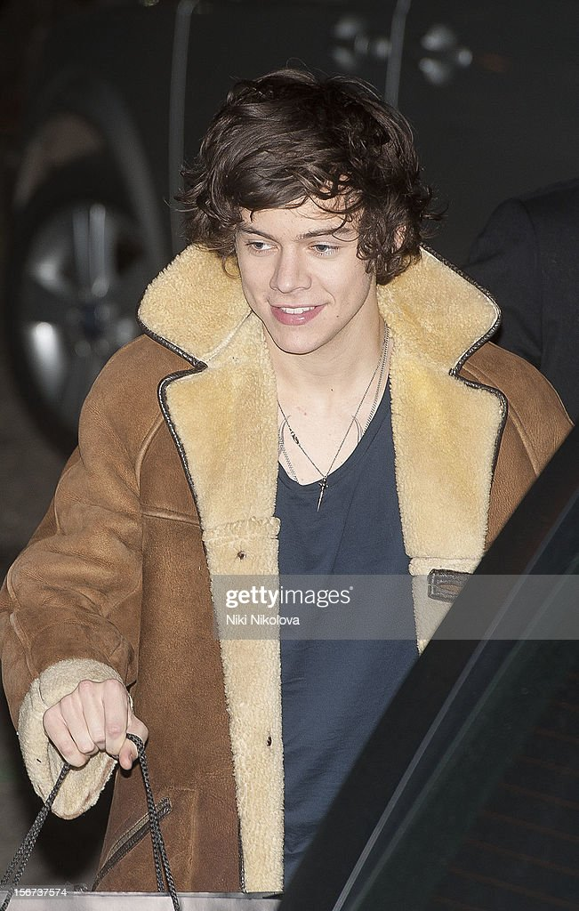 <a gi-track='captionPersonalityLinkClicked' href=/galleries/search?phrase=Harry+Styles&family=editorial&specificpeople=7229830 ng-click='$event.stopPropagation()'>Harry Styles</a> of One Direction sighting on November 19, 2012 in London, England.