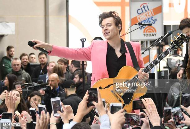 Harry Styles performs on NBC's 'Today' at Rockefeller Plaza on May 9 2017 in New York City