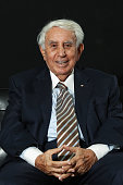 AUS: Billionaire `High-Rise Harry' Keeps Cool During Real Estate Rout