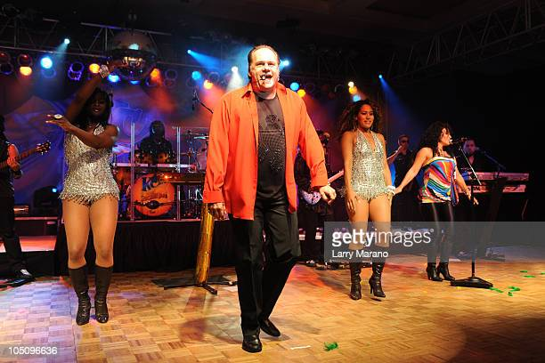 Harry Wayne Casey of KC and the Sunshine band performs at the 10th Annual Footy's Bubbles and Bones Gala to benefit Here's Help at Westin Diplomat on...