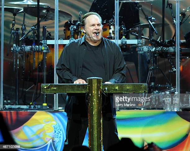 Harry Wayne 'KC' Casey of KC The Sunshine Band performs at Hard Rock Live in the Seminole Hard Rock Hotel Casino on March 20 2015 in Hollywood Florida