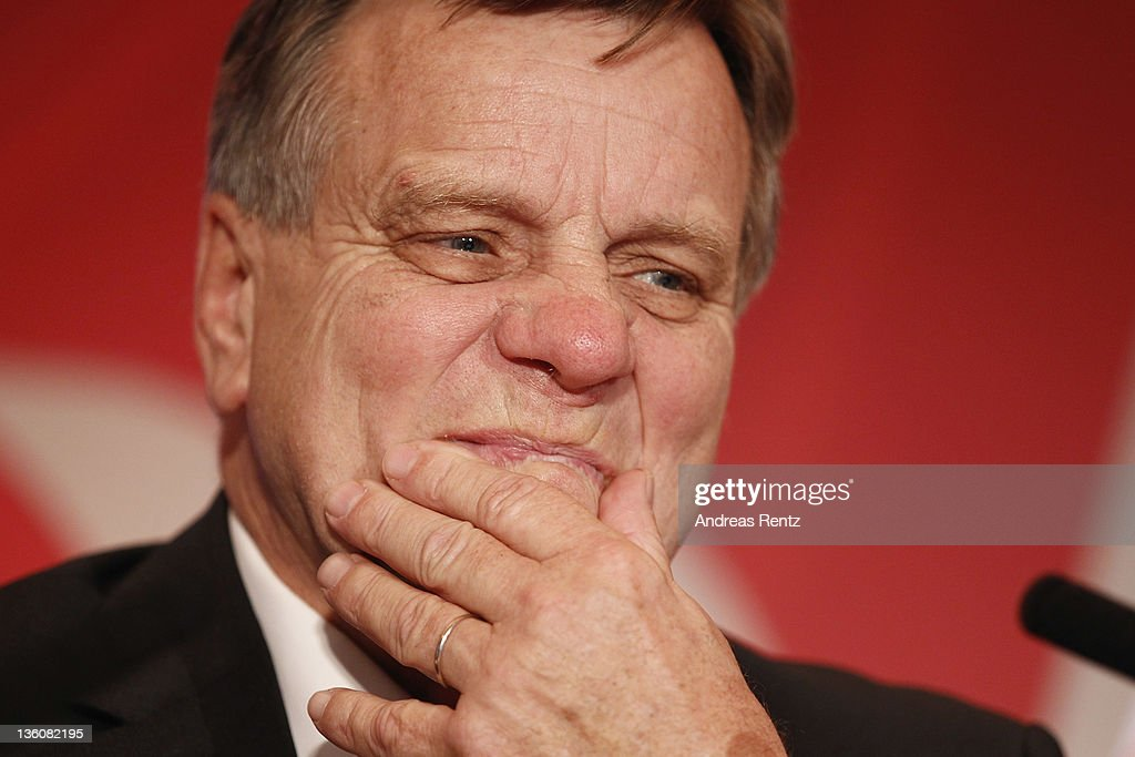 <a gi-track='captionPersonalityLinkClicked' href=/galleries/search?phrase=Hartmut+Mehdorn&family=editorial&specificpeople=613038 ng-click='$event.stopPropagation()'>Hartmut Mehdorn</a>, CEO of German airline Airberlin gestures during a press conference on December 19, 2011 in Berlin, Germany. Airberlin and Ethihad Airways announced their strategic partnership. Etihad Airways increase its stake in airberlin to 29 per cent and becomes biggest single shareholder in airberlin.