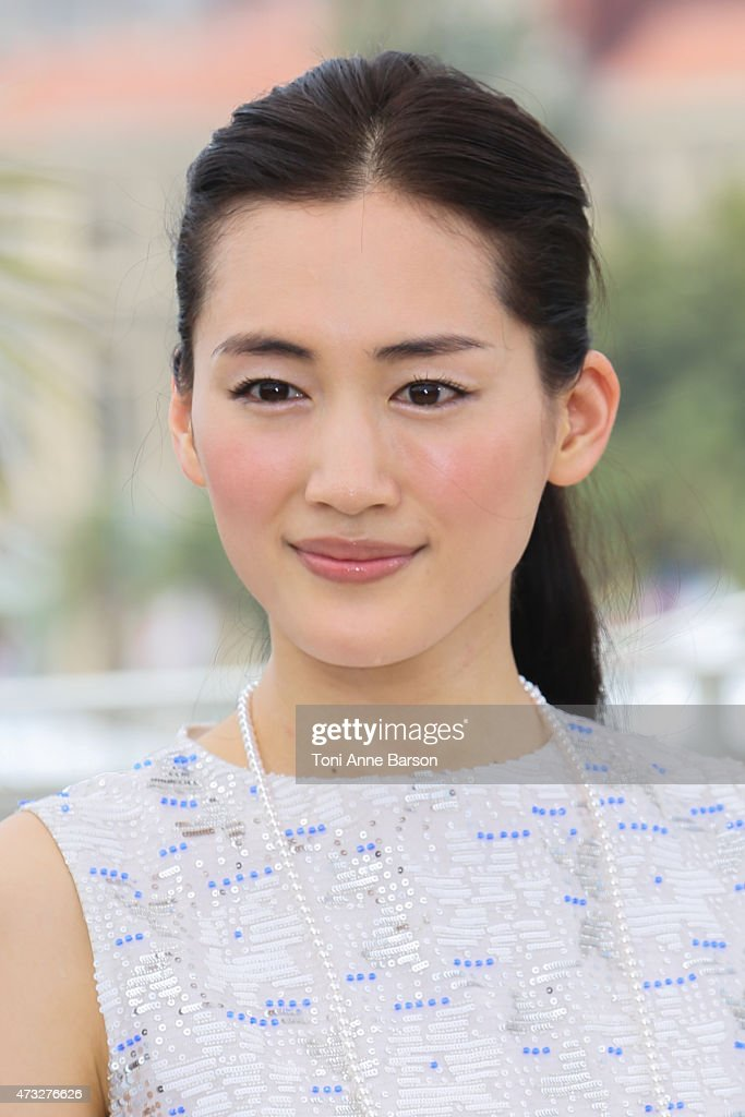 <a gi-track='captionPersonalityLinkClicked' href=/galleries/search?phrase=Haruka+Ayase&family=editorial&specificpeople=4451163 ng-click='$event.stopPropagation()'>Haruka Ayase</a> attends the 'Notre Petite Soeur' ('Our Little Sister') photocall during the 68th annual Cannes Film Festival on May 14, 2015 in Cannes, France.