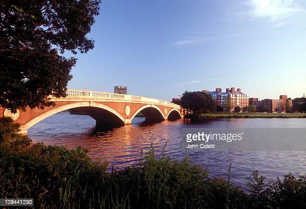 harvard bridge, charles river, cambridge, ma
