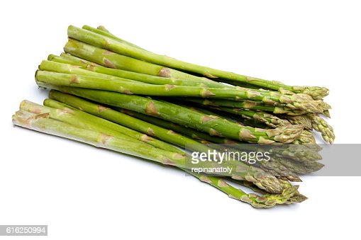 harvested asparagus isolated on white : Foto de stock
