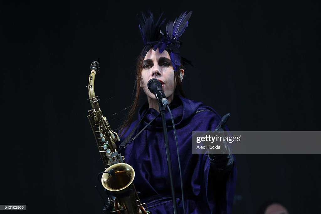<a gi-track='captionPersonalityLinkClicked' href=/galleries/search?phrase=PJ+Harvey&family=editorial&specificpeople=215155 ng-click='$event.stopPropagation()'>PJ Harvey</a> performs on The Other Stage at the Glastonbury Festival at Worthy Farm, Pilton on June 26, 2016 in Glastonbury, England.