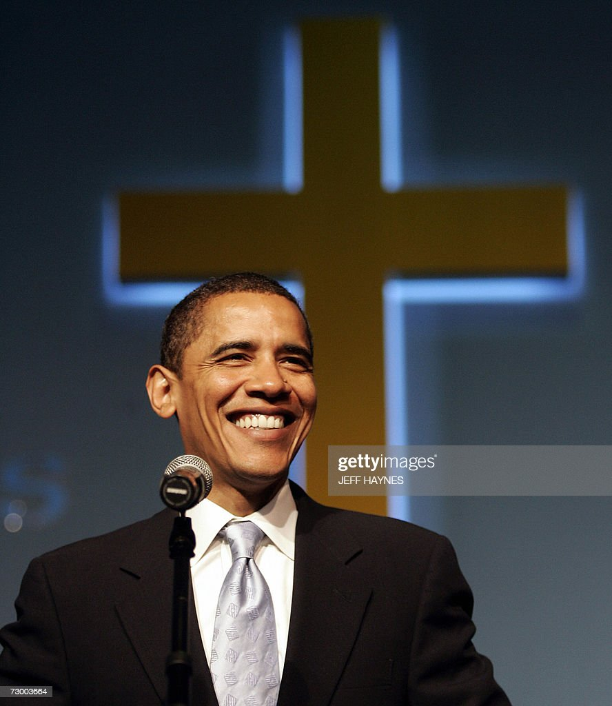 Harvey (IL) United States  City new picture : US Senator Barack Obama D IL makes remarks at St. Mark Cathedral ...