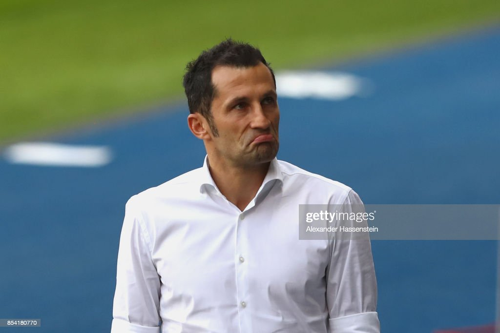 Hasan Salihamidzic, sport director of Muenchen looks on during a training session ahead of the UEFA Champions League Group B match against Paris Saint Germain (PSG) at Parc des Princes on September 26, 2017 in Paris, France.